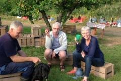 Hyggedag i æbleplantagen